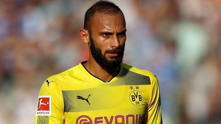 Am Sonntag bestritt Borussia Dortmund ein Testspiel gegen den Drittligisten Rot-Weiß Erfurt, das die Truppe von Cheftrainer Peter Bosz mit 5:2 gew...