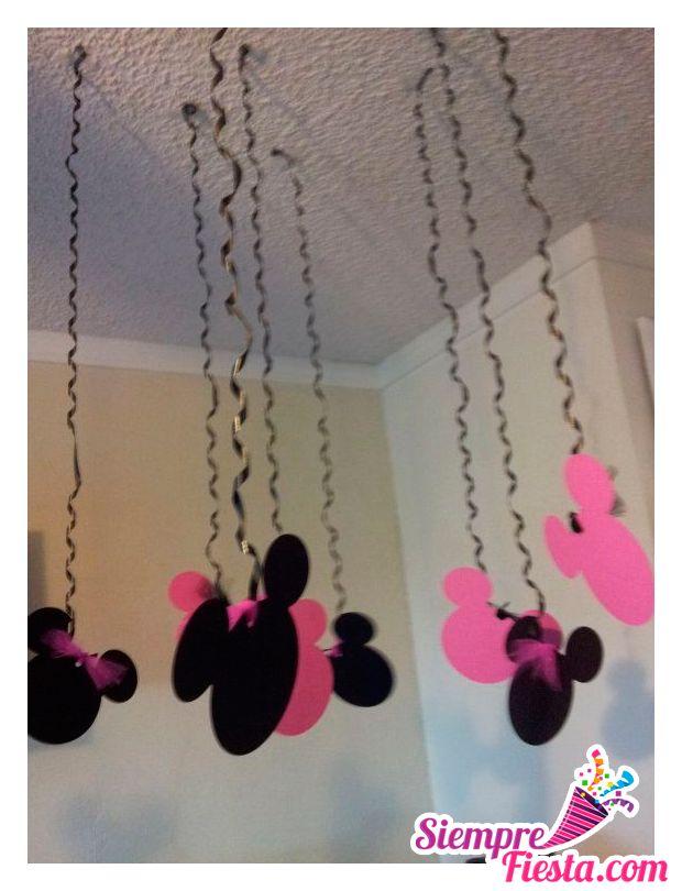 Ideas para fiesta de cumpleaños de Minnie Mouse. Encuentra todo para tu fiesta en nuestra tienda en línea: http://www.siemprefiesta.com/fiestas-infantiles/ninas/articulos-minnie-mouse-rosa.html?utm_source=Pinterest&utm_medium=Pin&utm_campaign=MinnieRosa