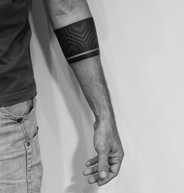 Thank you Josep from Spain, done in @babayaga_tattoo  #tattooBali #blackworkerssubmission#russiantattoo #tattoooftheday #tattooartist #famoustattoo #cratecafe #prettypoison #tattooed #tattooistartmagazine #Bali #Canggu #oldmans #batubolongbeach #babayagatattoo #tattoos #thebaliguru #tattooinrussia #geometric #linework #darkartists#tattooedgirls #tattooflash #balitattoostudio #blackwork #dotwork #ornamental #balitattooshop #balitattoo