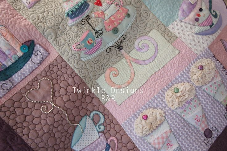 """TWINKLE PATCHWORK: """" Sweet Mystery Quilt """" Twinkle Designs R&R"""