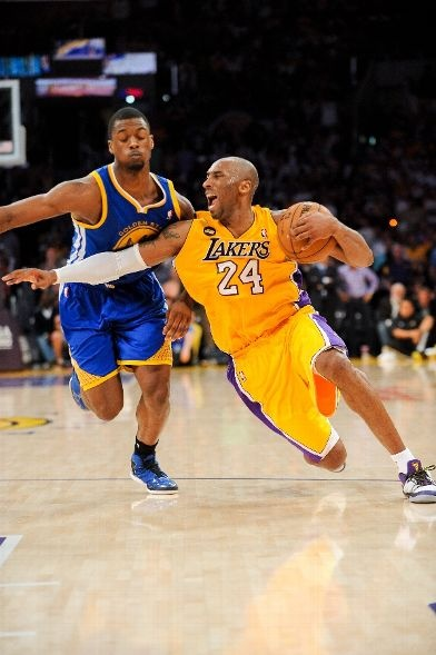 Kobe drives against Harrison Barnes (Part I) (April 12, 2013 | Golden State Warriors @ Los Angeles Lakers | Staples Center in Los Angeles, California)