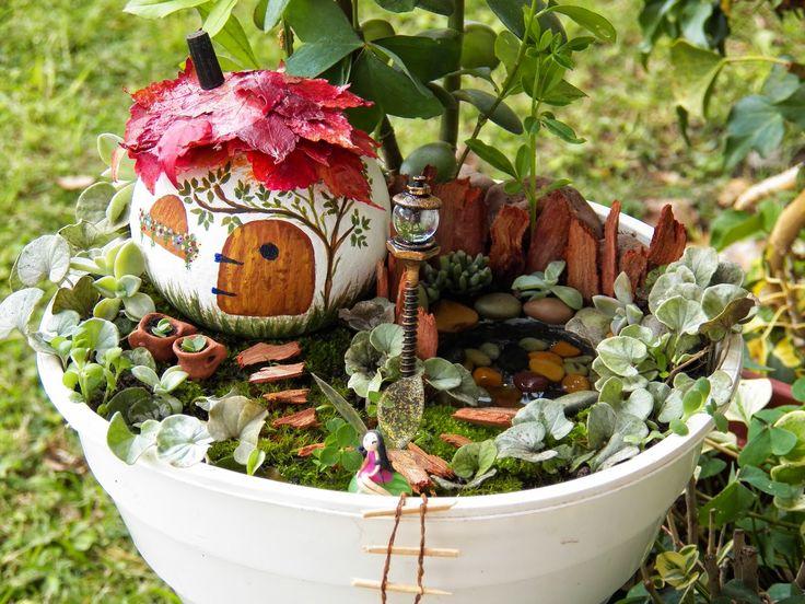 125 mejores im genes sobre miniaturas en pinterest casas for Casitas de jardin de plastico