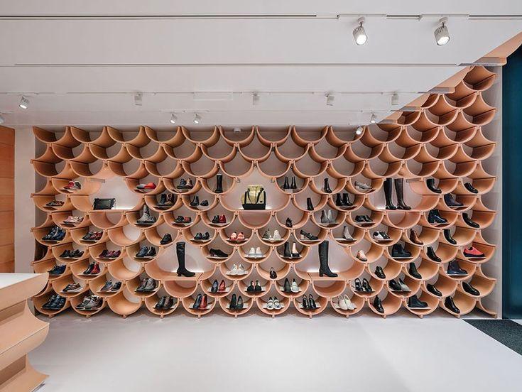 kengo kuma erneuert den barcelona-Laden von camper mit gewölbten keramikplatten