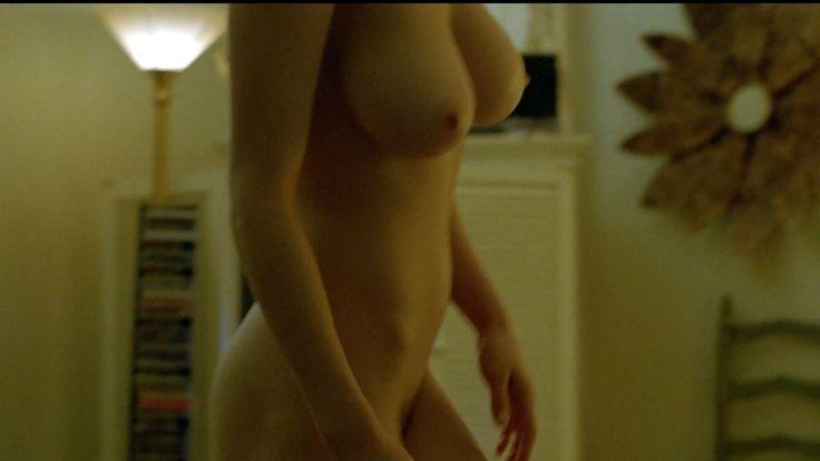 alexandra-daddario-nude-true-detective-20.jpg (1600×900)