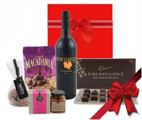 White or Red CHOC Indulgent #Christmas #Gift #Hamper! just $114 including FAST & FREE Delivery #Australia wide! at #Ikoala