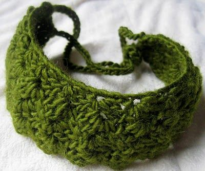 Head Band: free crochet pattern by Laura Hooker