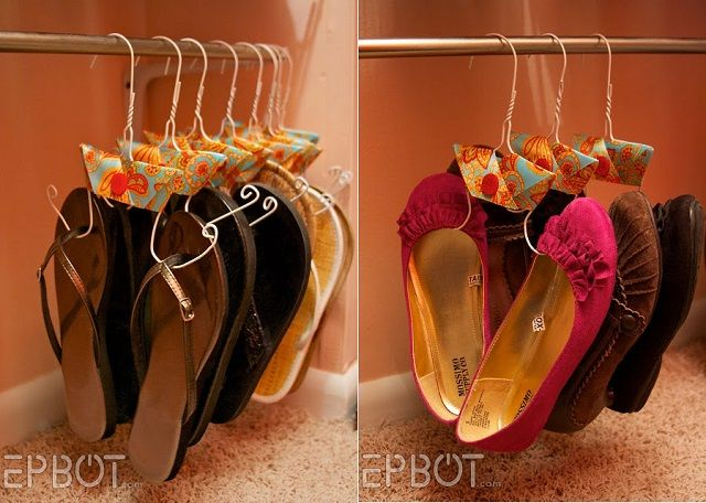 Shoe Hanger – DIY Tutorial-This has got to be one of the coolest ideas.  I want to go home and clean closet and use. :-)