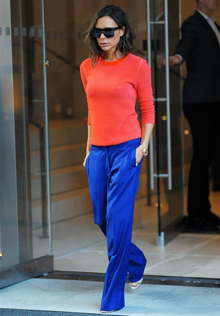 Bold color blocking stands alone. VB keeps the other details simple to let the vibrant hue combo shine.