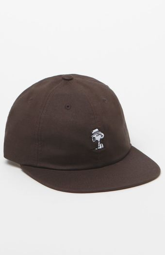 HUF recruits the Peanuts gang to bring you this sweet, throwback-inspired cap. The Spike Strapback Hat has breathable eyelets, an adjustable strapback rear, and a custom Charles M. Schulz embroidery of Spike on the front.   Solid 6-panel cap HUF x Peanuts embroidery on front Embroidered eyelets Flat bill Adjustable strapback with logo loop One size fits most