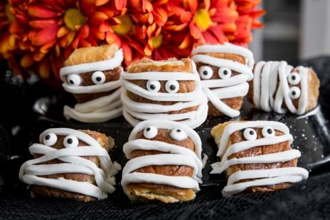 Some sweet friends to bring along to your Hallowaiian party!