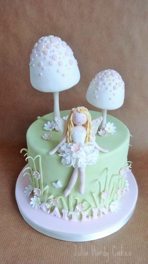 The 25 best Fairy garden cake ideas on Pinterest Fairy birthday