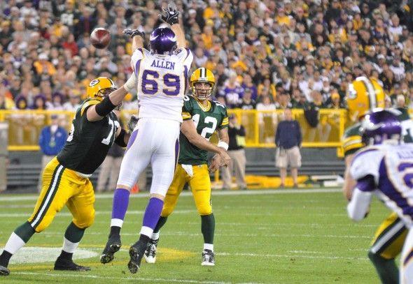 Lombardiave staffers: Packers vs. Vikings predictions