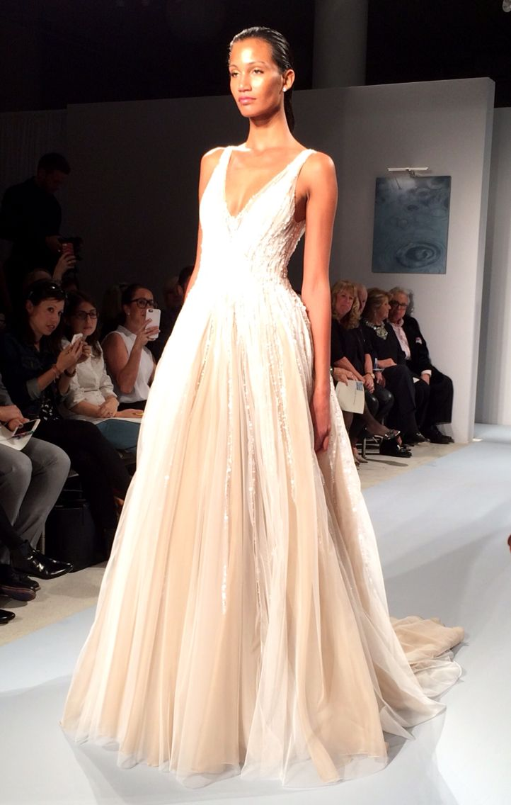 Lisa robertson in wedding dress - Find This Pin And More On Zunino Couture Bridal Show By Lisalrobertson1