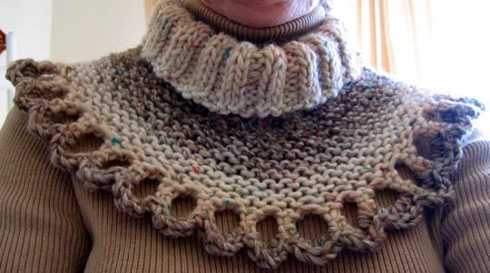 Free Knitting Patterns For Cowl Collars : Shaded Collar - knit pattern for free, skill level:easy ?? neckwarmer, cowl...