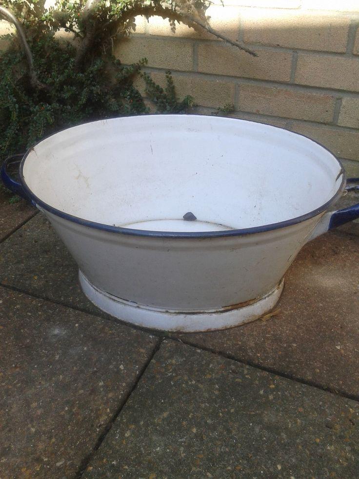 Antique vintage enamel wash tub bath garden planter uk for Old wash tub planters