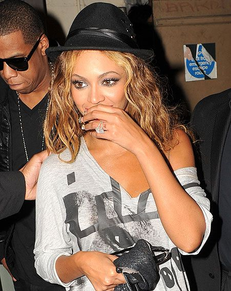 beyonc has a tattoo of the number 4 on her wedding ring wenn - Beyonce Wedding Ring