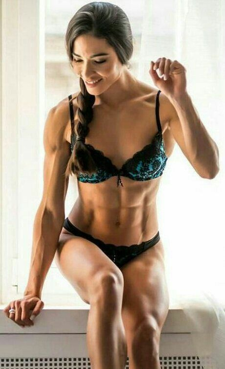 fit naked women bodies