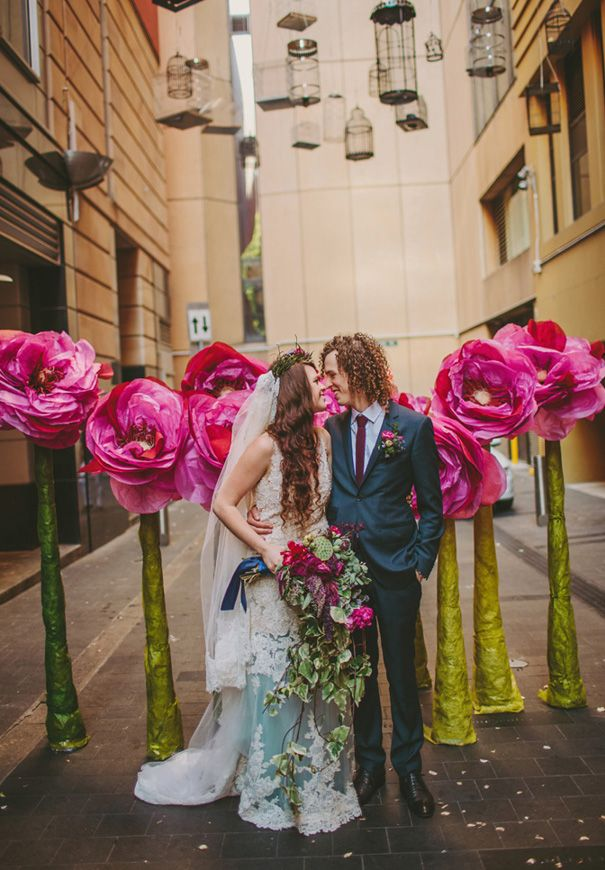 Aussies know how to fucking do it. Pop up alley wedding? Yes, please.