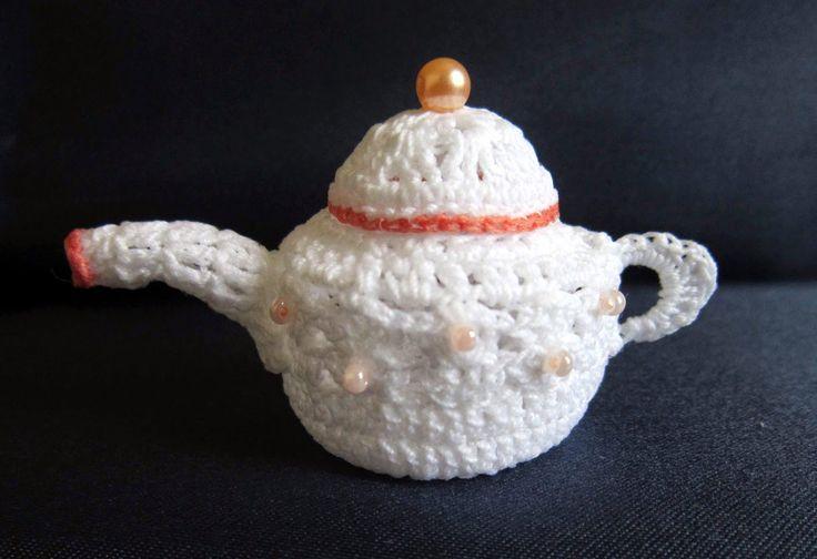Piccoli Capricci: Tè ed Uncinetto: Miss Teiera ;-)