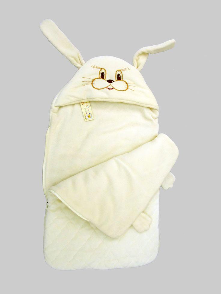 Удобный и красивый, теплый велюровый конверт, с нежной вышивкой. Подойдет для прогулок в прохладную погоду. Мягкая гипоаллергенная ткань, оптимальное утепление и изумительный дизайн конверта для новорожденного добавят радости и гордости родителям. Внутренний слой конверта - нежный гипоаллергенный флис. Материал: велюр стеганый, флис, синтепон Отделка: вышивка