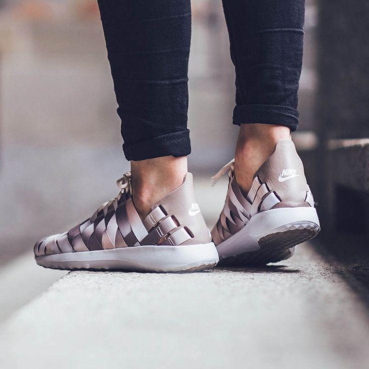 Nike Chaussures Juvenate Woven W Nike