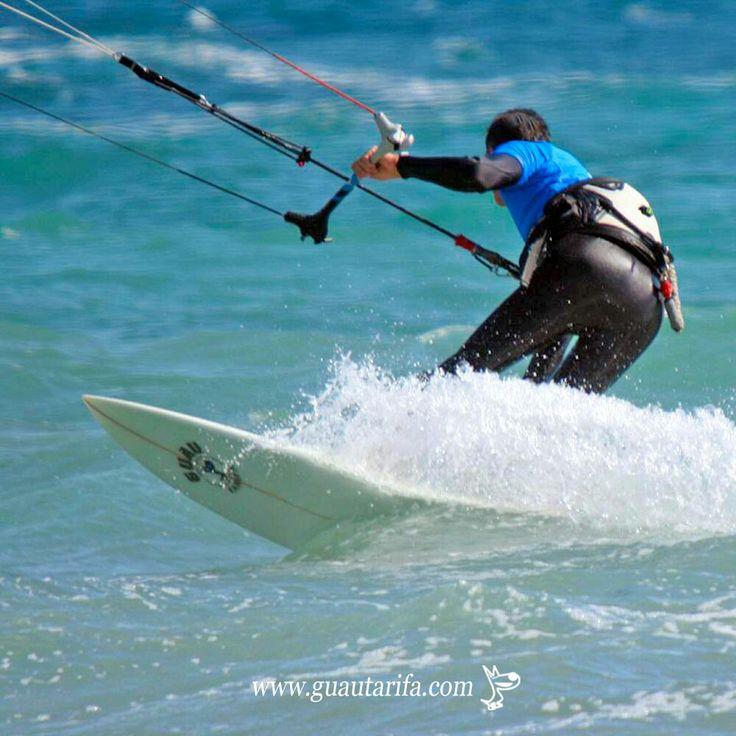 Buenos días Guau! 😊🏄☉ #tarifa #guautarifa #lycra #kitesurfing #beachlife #nosgustalaplaya  www.guautarifa.com