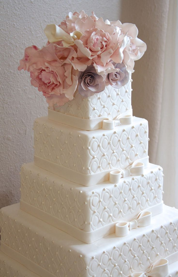 quilted wedding cakes wedding cakes pictures Find this Pin and more on Wedding Cakes