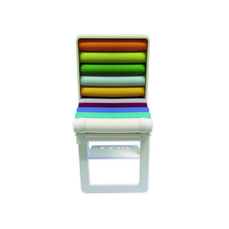 """""""Colourbox"""" è una successione cromatica di pastelli a cera o gessetti colorati, incorniciati da una scatola. L'obiettivo va oltre il gesto formale: attraverso un progetto strutturato, l'oggetto si ingrandisce per tradursi materialmente nella seduta. By Zatoo Design Studio #DesignFor #design #furniture #chair #colours"""