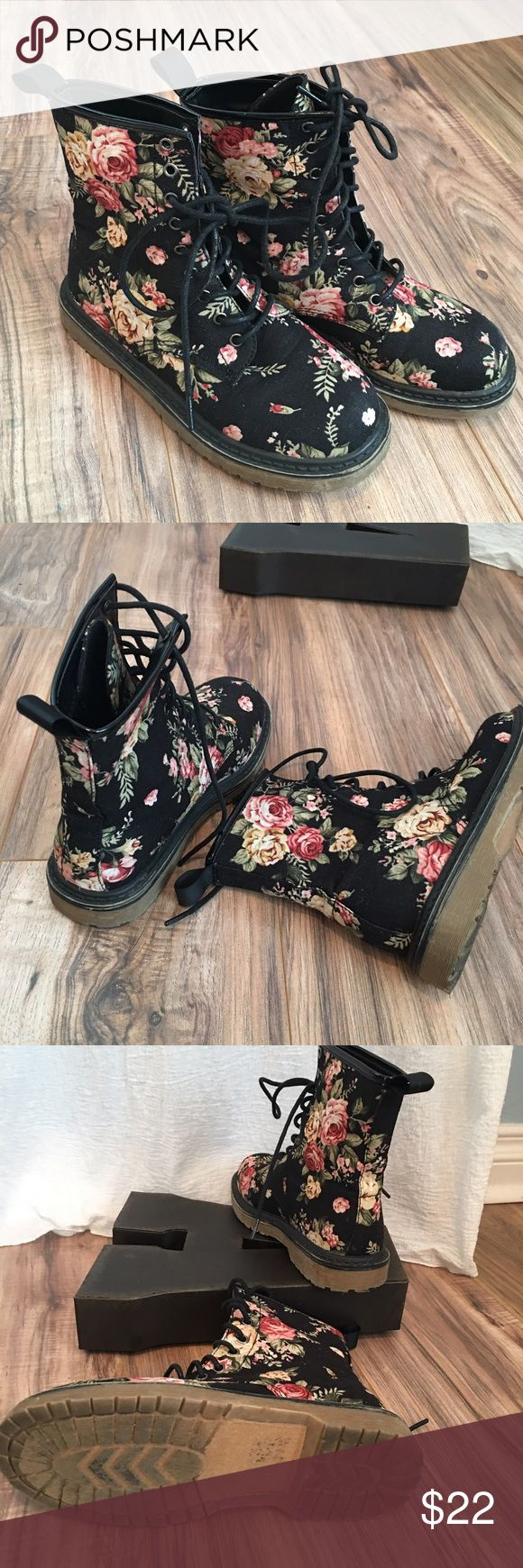 Floral Lace-up Boots Adorable black lace up boots. Worn a few times. Size 5 Tilly's Shoes Lace Up Boots