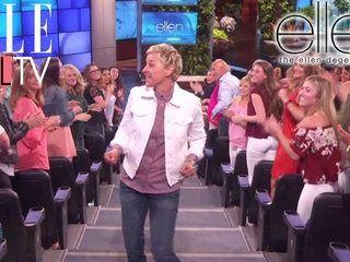 Un sport hors-commun : le SPIN BIKE ! | The Ellen DeGeneres Show | Du Lundi à Vendredi à 20h10 | Talk Show
