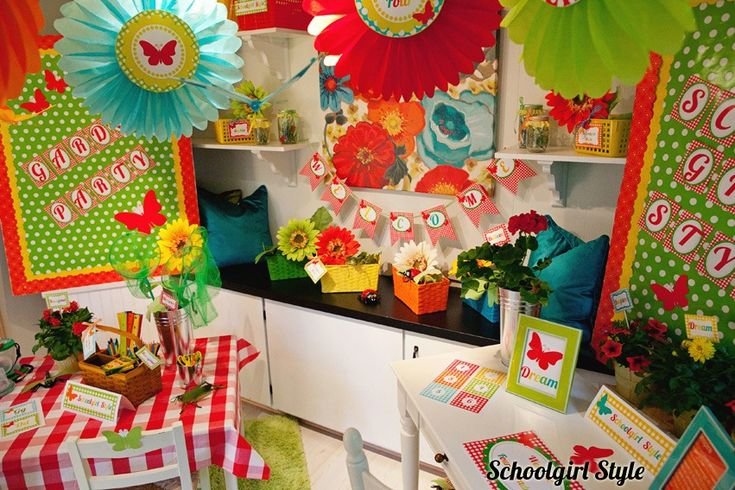 Garden Classroom Decor ~ Best insect garden picnic classroom theme images on