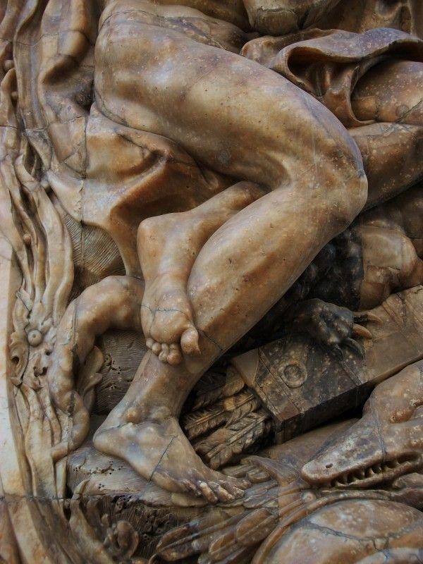 Древнегреческая скульптура,Атлант Палау де Дос Агуас де Валенсия, Испания_ деталь 04 шедевры мировой живописи бесплатно скачать