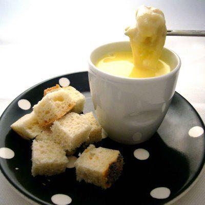 In partyhappen, in een net-even-andersrecept: kaas op een andere manier.Lekkererecepten, informatieèn tips voor wijn-kaas combinaties.        Kaas is super veelzijdig.
