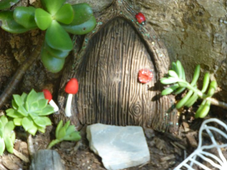 Fabulous new fairy door by Michelle Fenton https://www.facebook.com/InspiredByFae?ref=hl such detailed work gorgeous