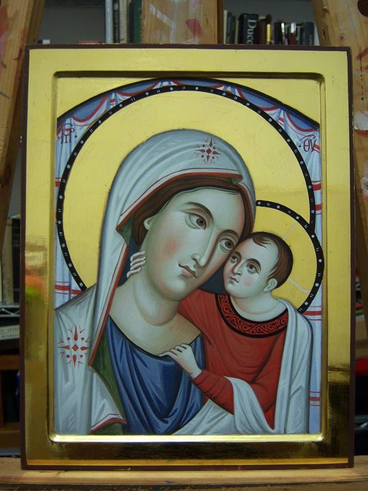 Ivan Polverari Ecco l'icona della Madonna del buon consiglio, patrona dell'Albania. Ho fatto un esperimento ed è uscita così.....