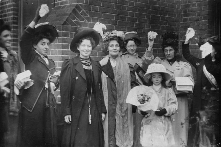 1908: Emmeline Pankhurst (1858–1928, centre), and her daughter Christabel Harriette (1880–1958, third from left), being welcomed by friends and supporters upon their release. | 28 Powerful Pictures Of Women Fighting For Their Right To Vote