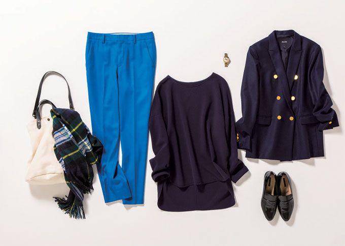 ダブルのジャケットをブルーのパンツで洗練トラッドに導いて。この企画では働くアラサー女子の毎日のシーンに合わせたコーディネートを365日毎日紹介しています。ぜひ参考にしてください♪
