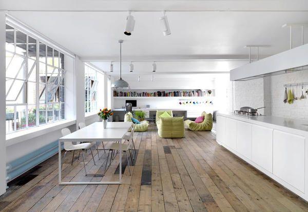 Loft moderni, eleganti e industriali in una selezione esclusiva per ripercorrere l'evoluzione delle case studio nate a New York negli anni Settanta