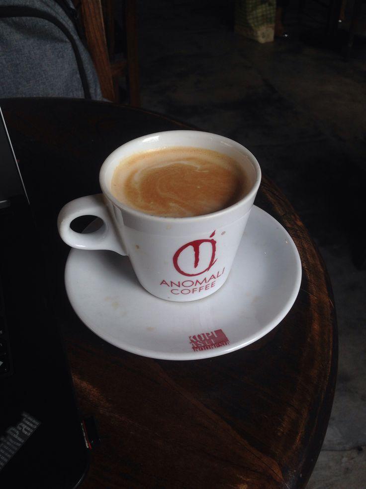 #cafeaulait ☕️ @anomalicoffee