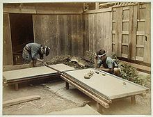 Google Image Result for http://upload.wikimedia.org/wikipedia/commons/thumb/0/0d/Men_Making_Tatami_Mats,_1860_-_ca._1900.jpg/220px-Men_Making_Tatami_Mats,_1860_-_ca._1900.jpg