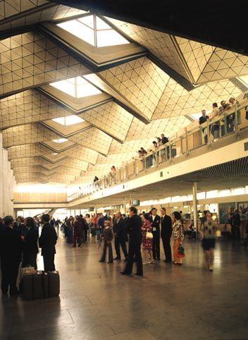 Stary terminal Warszawa - Okęcie