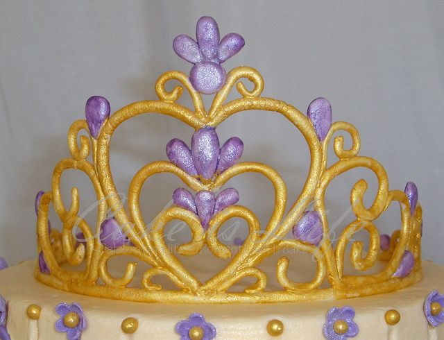 Gumpaste Princess  crown.