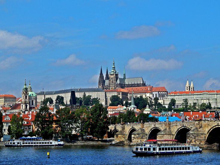 Prague, Czech Republic. #Prague #Praha #Charles #bridge #castle #oldtown #photography