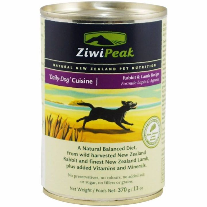A combination of lean wild New Zealand Rabbit and Lamb sourced only from local New Zealand farms ensuring the animals are free-ranging grass-fed and finished. This recipe contains minced whole rabbit including bone mirroring the natural whole-prey diet of dogs in the wild.  For the perfect finishing touch 3% New Zealand Green Mussel is included as a natural source of glucosamine and chondroitin and 7% cold-washed tripe increases palatability and aids in healthy digestion.  Ziwi Peak Moist…