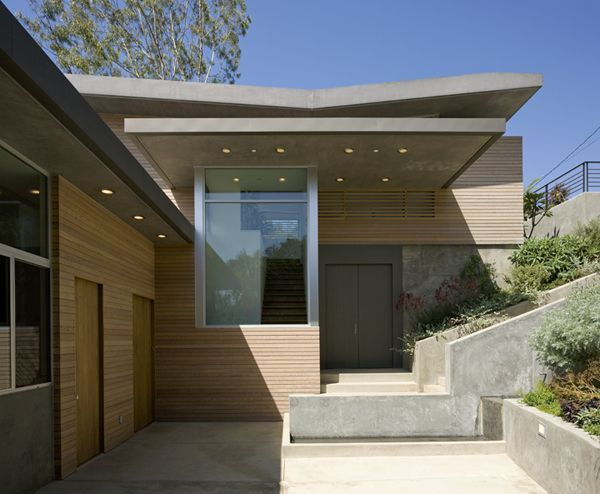 Best California Stucco House With Seamed Metal Roof Anodized 400 x 300