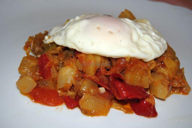 Asopaipas. Recetas de Cocina Casera .: Pisto con Huevo Frito
