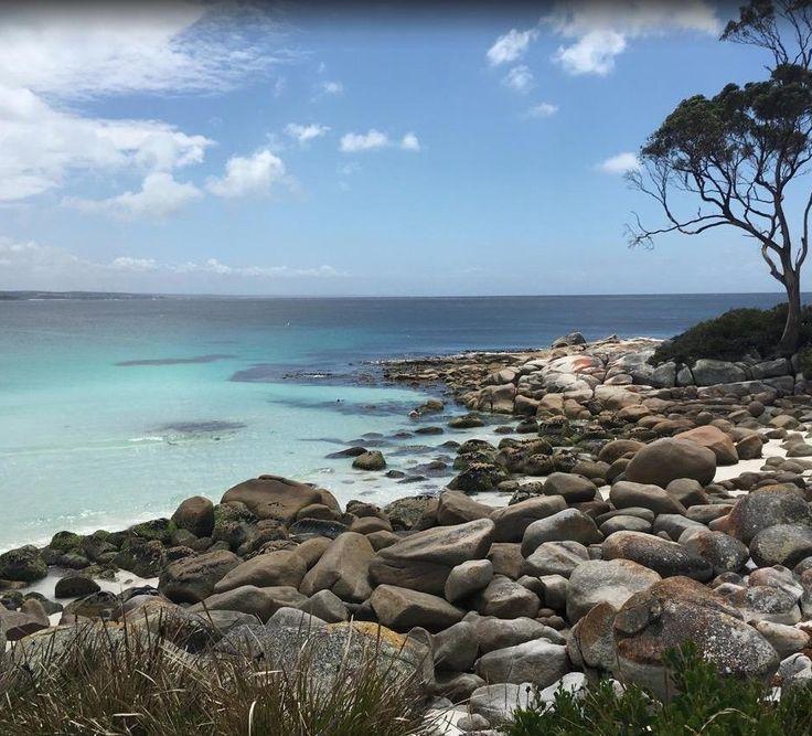 Bay of Fires, Binalong Bay in Tasmania.