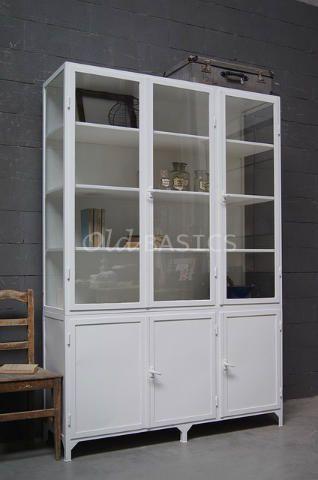 Kasten - Unieke oude brocante kasten en kasten op maat gemaakt zoals vitrinekasten boekenkasten dressoirs linnenkasten buffetkasten winkelka...