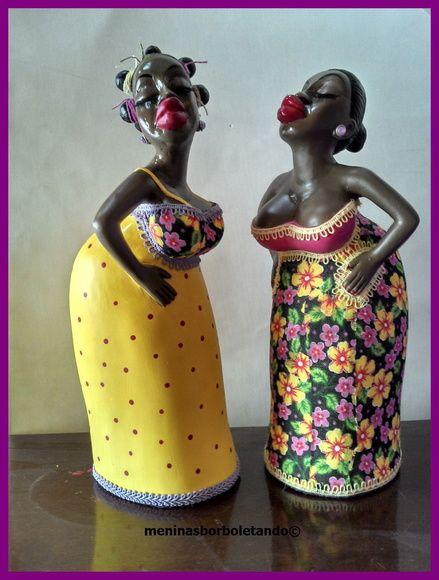 As bonecas Barraqueiras, peça em gesso pintada a mão,  estão prontas para alegrar sua casa. Muito charmosas, as peças são finalizadas na parte de baixo com feltro. Se quiser outra cor é só encomendar. R$ 65,00