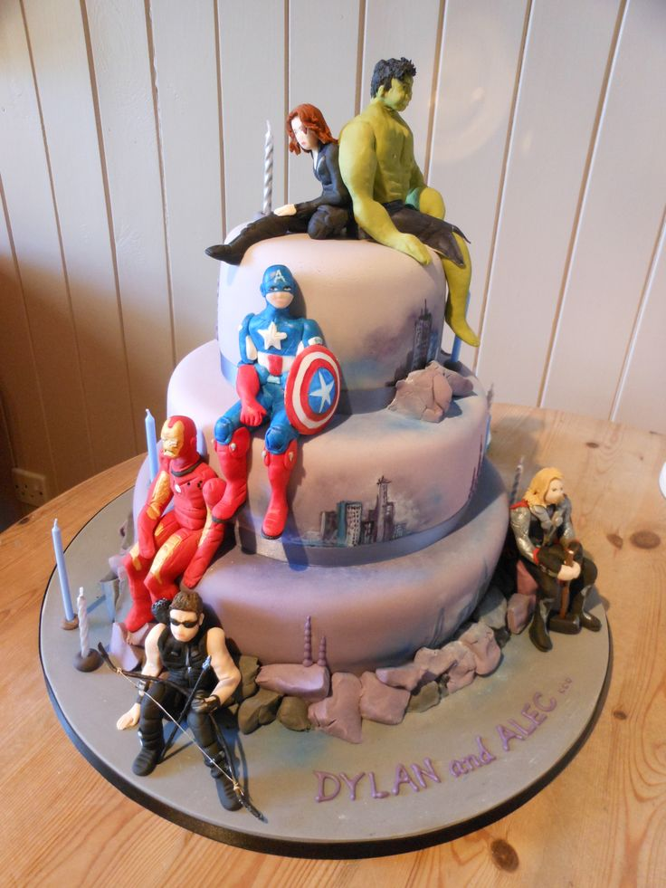 Rivista Cake Design Wedding : 1000+ ideas about Avenger Cake on Pinterest Avengers ...